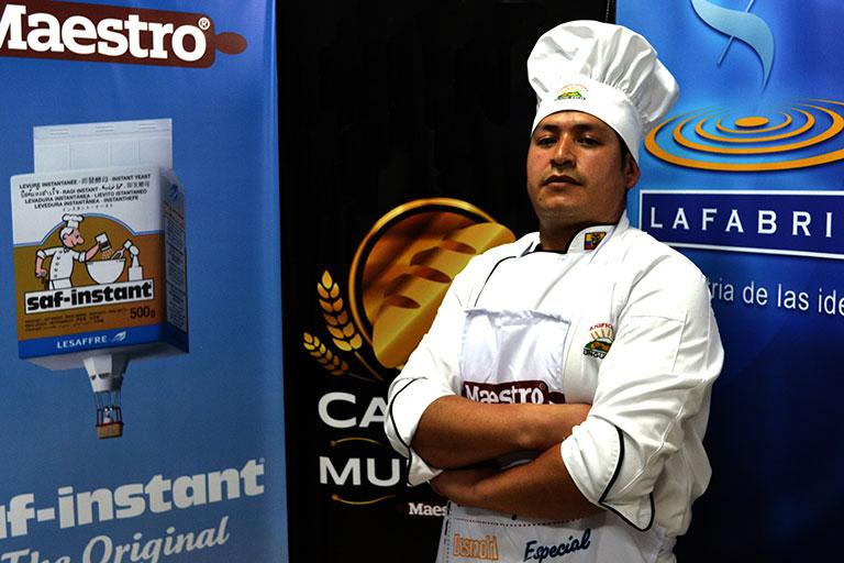 Contáctenos | Línea Maestro Ecuador
